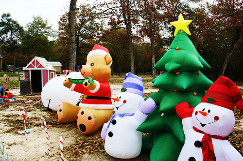 inflatable christmas yard